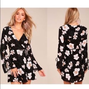 Lulu's Black Floral Print Wrap Dress Size S
